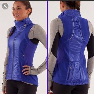 Lululemon gustbuster blue running vest size 8